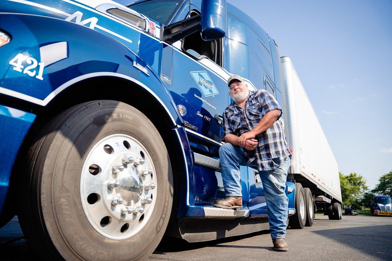 Van Mike A full truck-25-percent